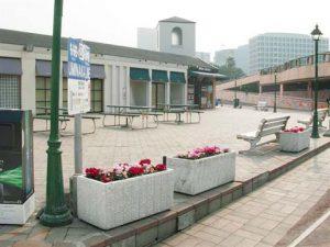 レンガ広場(東側)