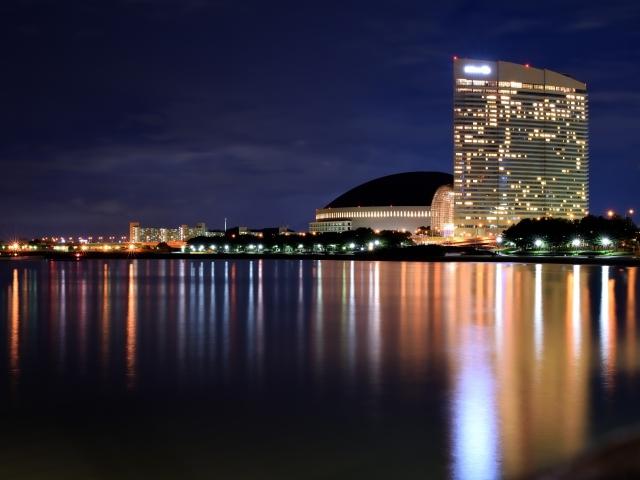福岡ヤフオクドーム&ヒルトンホテルの夜景